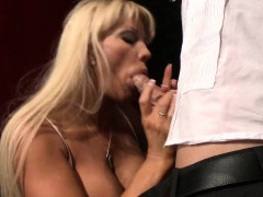 brazzers-milfs-like-it-big-fun-at-the-op