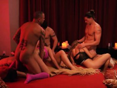 Married Couples Group Sex With Swingers And Enjoying It