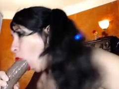 Stunning Milf Puts On A Solo Show With Toys