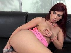WetAndPuffy - Pink Dress Masturbation
