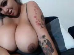 perfect-latin-babe-with-big-boobs-masturbates
