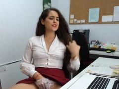 my-secretary-is-horny-today