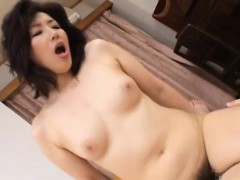 Pretty Older Gets On All Fours And Gets Pussy Licked