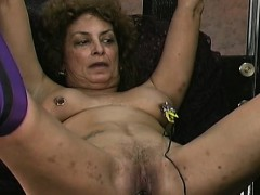 big-beautiful-woman-non-professional-thraldom-porn