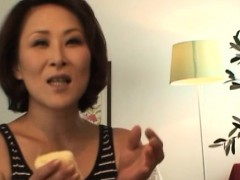 slim-older-screams-it-out-as-that-babe-gets-screwed-hard