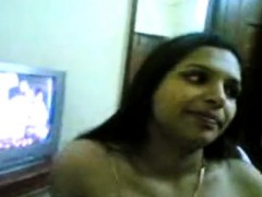 Sexy Mature Indian Lady Shows Of Her Nice Tits And Teasing O