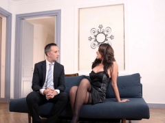 anna-polina-nikita-bellucci-in-the-pleasure-provider-episod