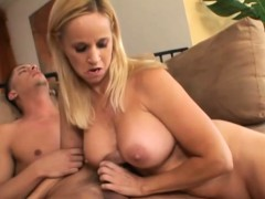 sensual blonde loves to suck and ride WWW.ONSEXO.COM