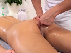 Fervent Czech Teenies Gape Their Asses With Buttplug And Mas