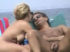 beach voyeur cam is showing hot naked chicks