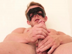 Musculer And Big Cock Dude Marty Wanking It For Our Viewers