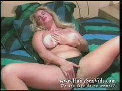 blonde-natural-pussy-vintage-solo