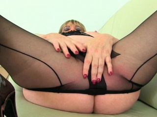 English mums in tights Jayne, Scorpio and Alisha