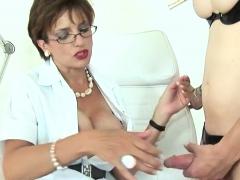Cheating Uk Milf Gill Ellis Shows Her Huge Tits50djw