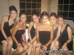 hot-asian-teen-girlfriends