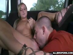 blonde-chick-get-pussy-licked-by-complete-stranger