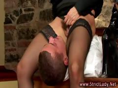 femdom-sluts-oral-foursome