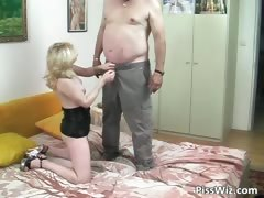 fat-dude-fucks-blonde-milf-with-banana-part2