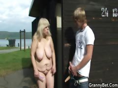 granny-is-banged-in-the-public-area