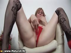 horny-mature-woman-is-pleasuring-part1