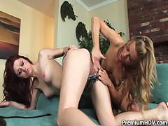 sweet-lesbo-karlie-and-mia