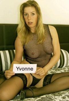 Horny Pics from german Slut Yvonne
