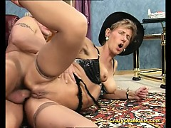 old-babe-fucking-and-sucking-an-old-cock-taking-cum