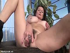 Nasty Mature Slut Gets Horny Taking Part 6
