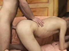 Bareback Anal Fucking With Cumswapping