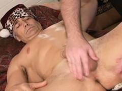 mature-muscular-dudes-assplay-at-massage