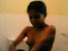 Indian Girlfriend Has A Shower