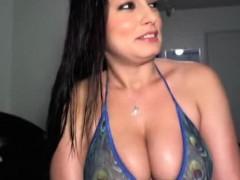 hot-latina-webcam-girl-big-tits-2