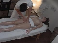 sensual oil massage and poking PORNO XXX