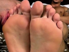 Cameron Kincade Gets Down On His Hands And Knees To Worship
