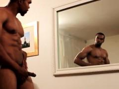 Black Muscle Gaysex Hunk Tugs His Cock