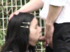 japanese-schoolgirls-fucking-in-public