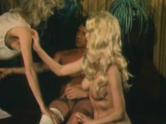 two-blondes-fucked-by-dude-in-a-threeway