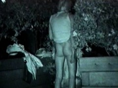 midnight-outdoor-sexual-excitement-couples