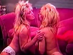 blonde-wants-to-do-debbie