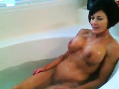 fit-and-busty-milf-in-the-bath-tub