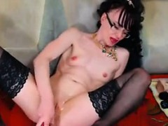 nasty-cam-whore-plays-with-her-holes
