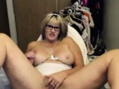 horny-mature-fingering-on-webcam
