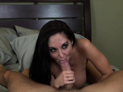 stacked-cougar-ava-addams-loves-to-suck-cock-and-to-get-pounded-hard