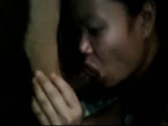indian-woman-blowing-dick-that-is-black