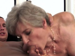 elegant gilf pleasured xxx.harem.pt