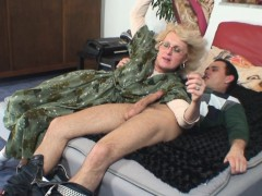 lonely old grandma pleases young man xxx.harem.pt