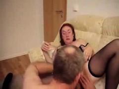 arleen-from-onmilfcom-having-fun-with-my-mature-slut