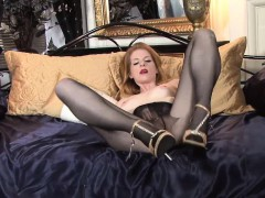 British Babe Daisy In Her Pantyhose