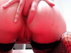 nerd-girl-masturbation