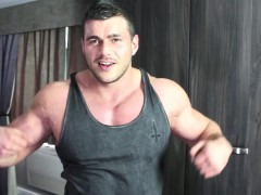 muscle-hunk-schools-bully